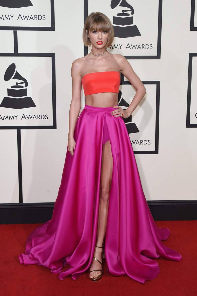 Sexy #Grammys Style: @taylorswift13 sizzles in the SULTRY: https://t.co/PouqyzspLf #inourshoes https://t.co/t1hhi8RTNW