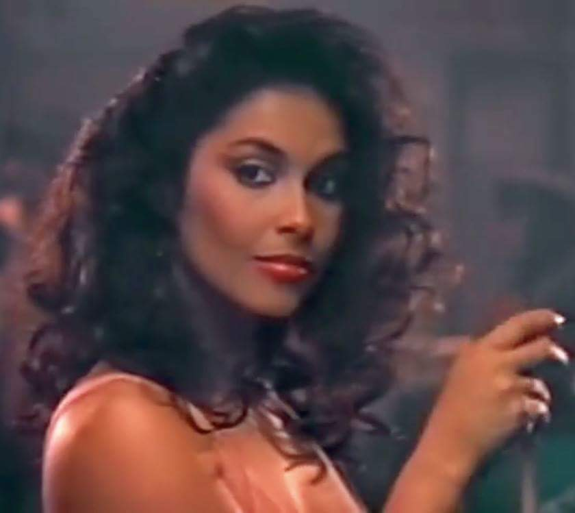 SADDEN my FRIEND IN CHRIST gone 2day. Vanity, Denise Matthews. MISS YOU DEARLY. U ARE IN HIS ARMS NOW,  NO Pain https://t.co/UbCWtl8brc