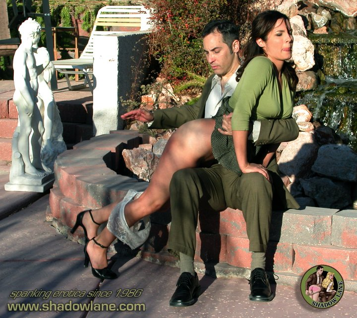 RT : #shadowlane #spanking Come visit, we have spanking stories to tell! YJWymV55tE