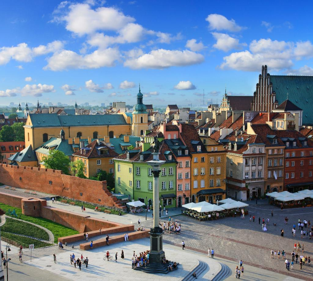 Discover the historic splendour of Warsaw w/ inaugural service from YYZ starting this June!
