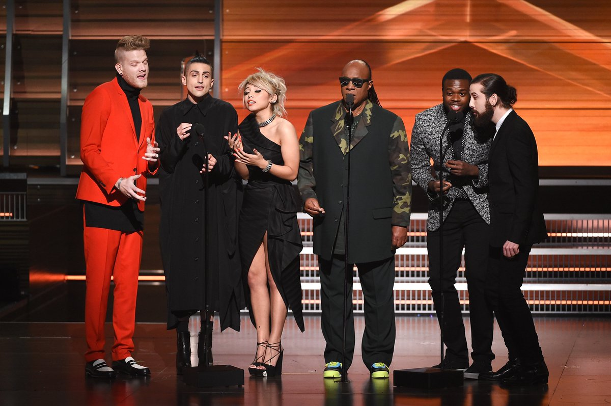 GRAMMYs: Watch Stevie Wonder, @PTXofficial sing a cappella tribute for Maurice White