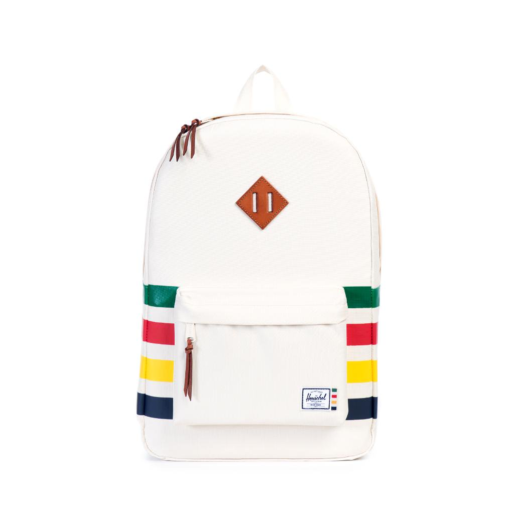 Follow us and RT this for a chance to win a @Herschelsupply bag https://t.co/Z5HbD3Aqop #stripespotting https://t.co/922VG25CQY