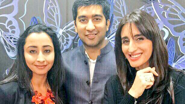 With the awesome @farahkhanali and #MithunSacheti for Farah's new collection launch for @caratlane :) @popxodaily https://t.co/vza0xR4SEC