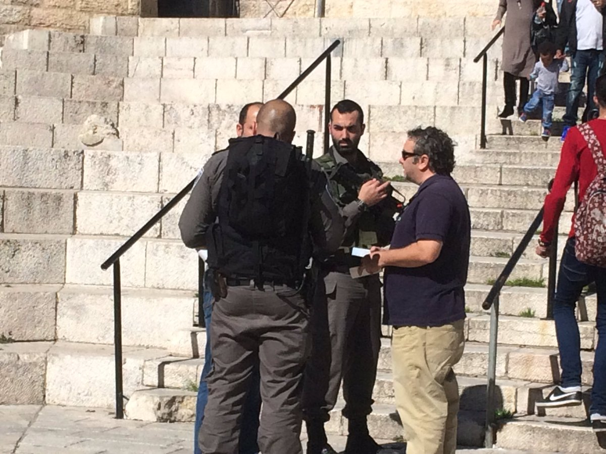 In a democracy, journalists doing their jobs get harassed, accused of incitement #Israel https://t.co/g40Xtp0fEl