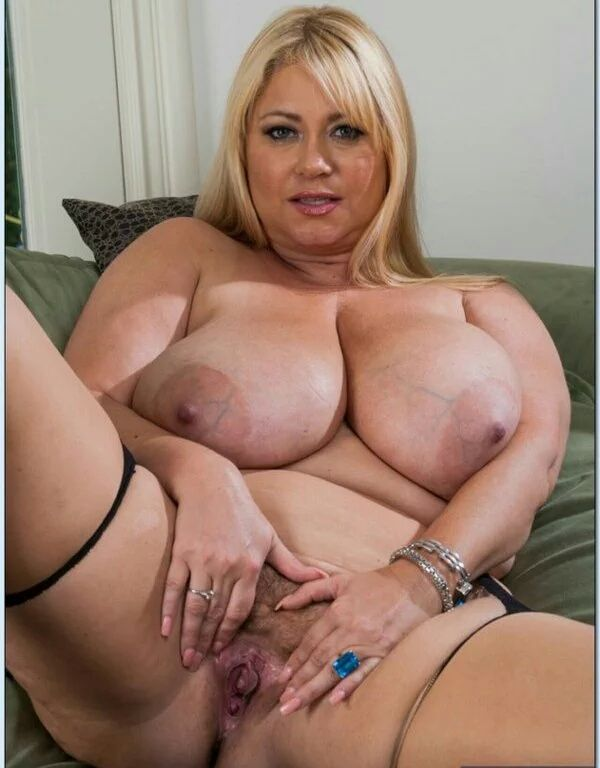 фотографии толстых женщин с большими сиськас в возрасте