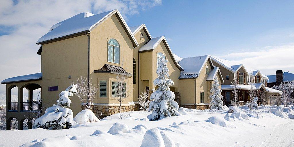 Canadian home sales rebound in Jan 2016 to reach highest level since late 2009! https://t.co/2CjVjaZ0zg #CREAstats https://t.co/eSIE7TLFw8