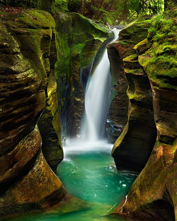 Corkscrew Falls, Hocking Hills State Park, Ohio | Photography by ©Steve Perry https://t.co/1QbpDsiK8I