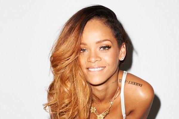 Rihanna says happy birthday X