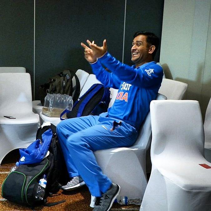 Indian fans reaction after @msdhoni's last ball six!  #asiacup #t20 https://t.co/bnzYPaZWtE