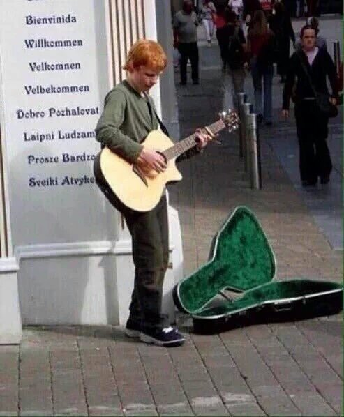 HAPPY BIRTHDAY TO MY DEAR Ed Sheeran with a sweet voice that can melt me to cry!