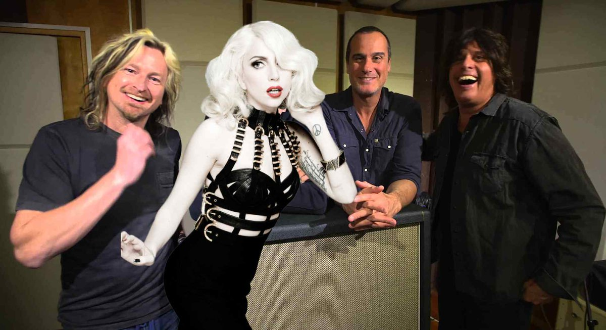 Stone Temple Pilots On Lady Gaga Possibly Fronting Band: 'She's Pretty Bad Ass' https://t.co/Vw9RsuSTiU https://t.co/Rk4Hpw0Ta6