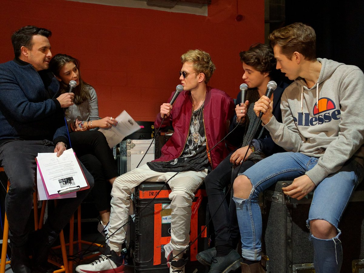 Tomorrow morning https://t.co/7rZzMGPrmq for @TheVampsband natter with @Toolyboy & @BrookeLVincent - #Key103SITC https://t.co/H4V43caLy7