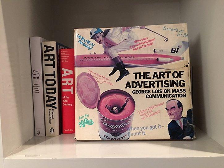 Advertising guru @davetrott talks us through his favorite books > https://t.co/CWhXxPBP6i https://t.co/gFDIWUkk2M via @itsnicethat: