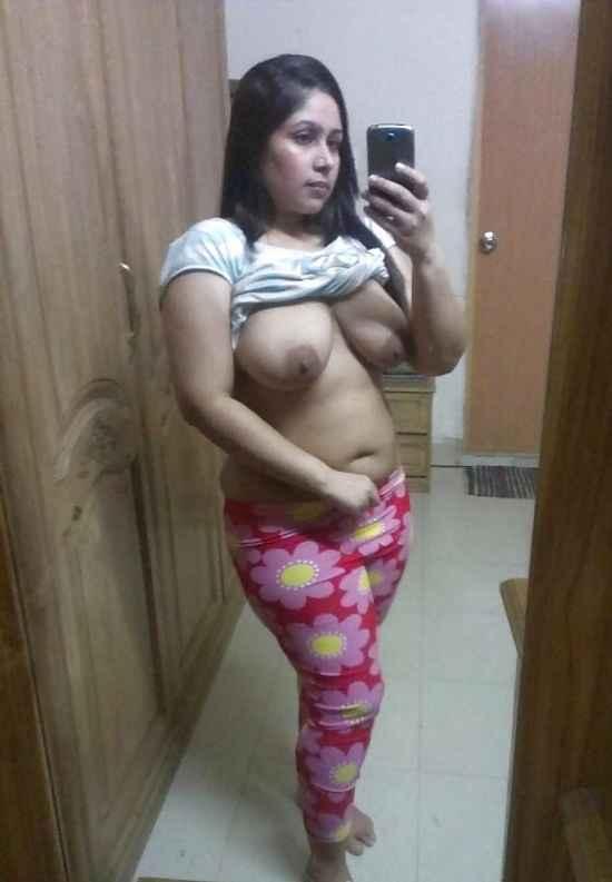 bengali nude girl selfie kiss images № 74863