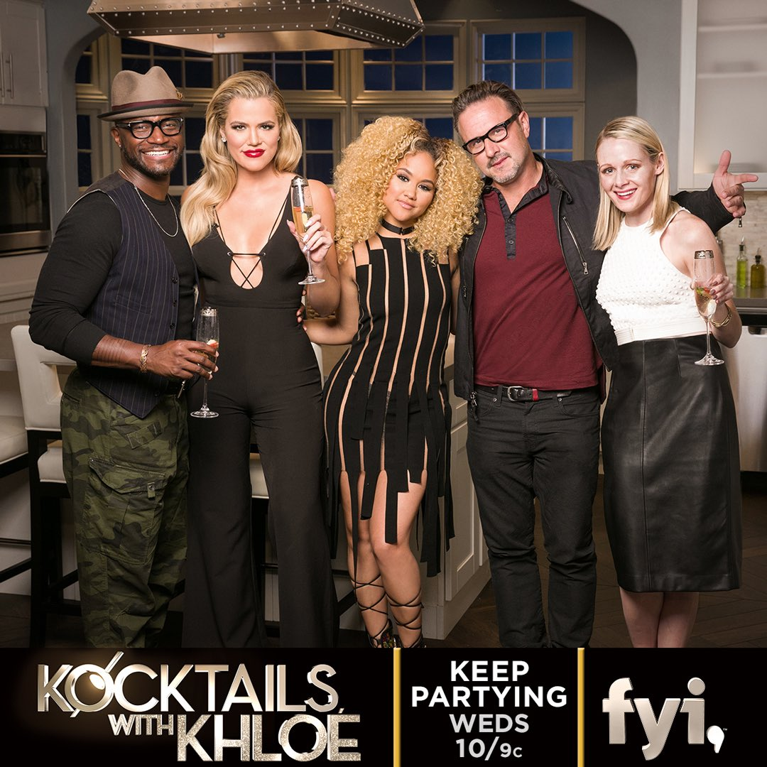 Tonight on #kocktailswithkhloe!!! Don't miss it! 10pm on @fyi... And join me herr on Twitter for our weekly chat! ???? https://t.co/ZeW64grloz
