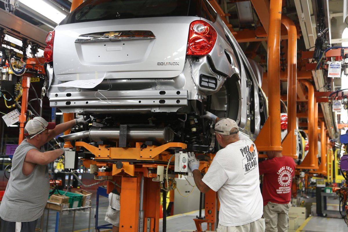 BREAKING  @GM investing $148M in Spring Hill manufacturing plant, retaining 100s of jobs  https://t.co/du9EzLMR1T https://t.co/P2xmFDoXyh