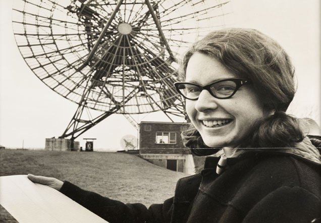 Today in 1968: @nature announces Jocelyn Bell's discovery of a pulsar (a pulsating radio source) #science366 https://t.co/s6OfL6kvXX