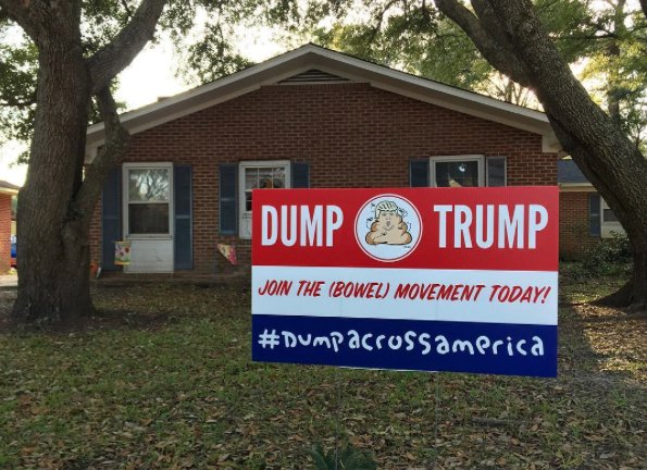 Dump Trump: Hanksy Hits the Road in South Carolina with 'Dump Across America' Campaign https://t.co/iOXZCPTOVA https://t.co/w4d9w1ddvd