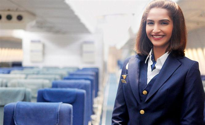 #Neerja Review: This courageous tale of #NeerjaBhanot's life is a must-watch! (Rating - 4/5) https://t.co/S7JnKQzJwi https://t.co/Nkd3Ju24Gu