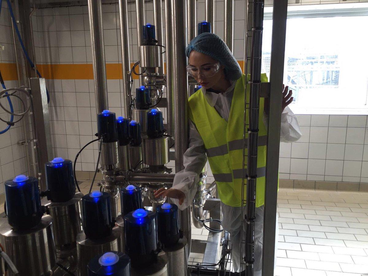 Работаем на заводе #любовьбезграниц https://t.co/HtoNL7HjCO
