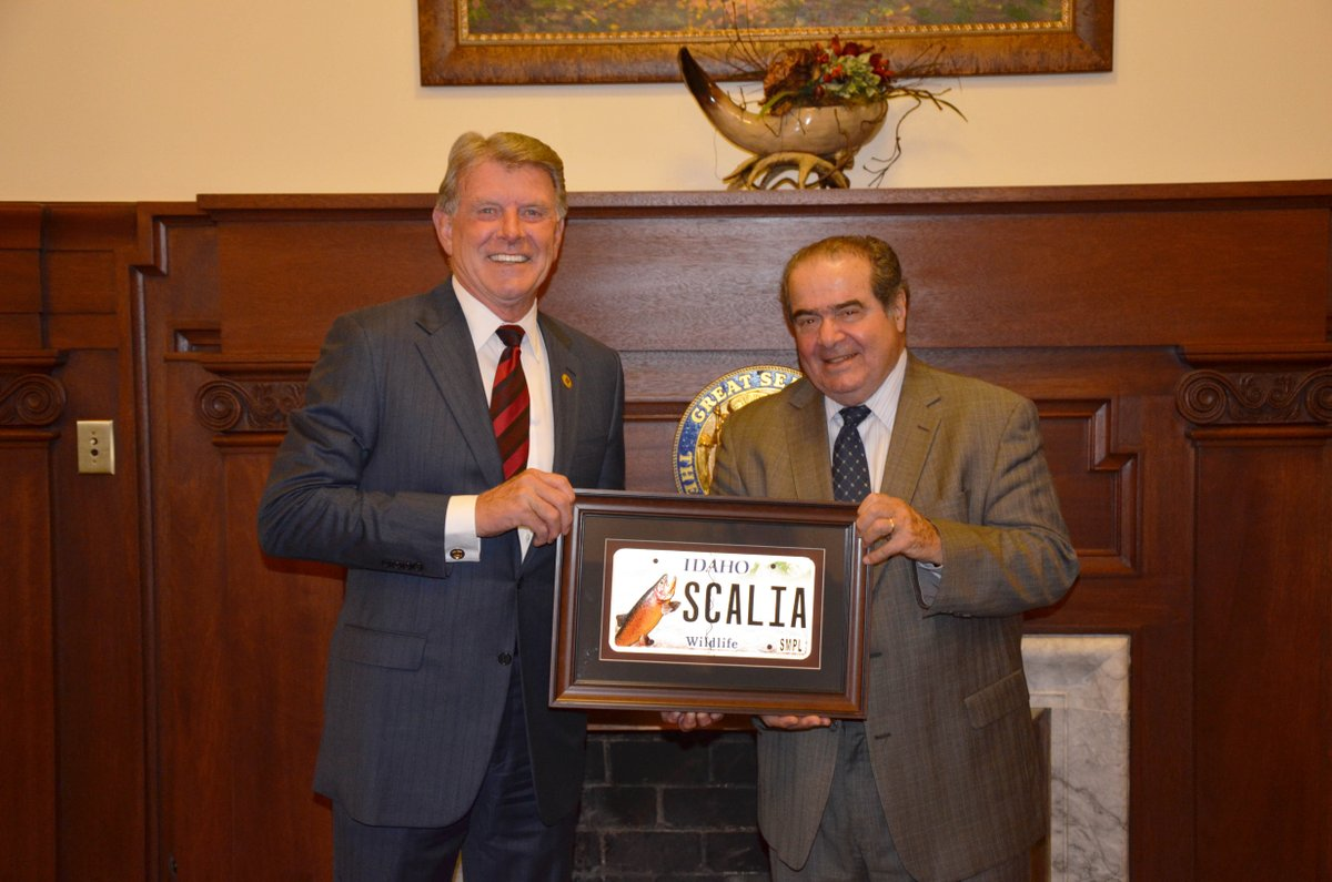 I got the chance to spend some time with Justice Scalia when he visited Idaho in 2014. May he rest in peace. https://t.co/GXfgp5vHaK