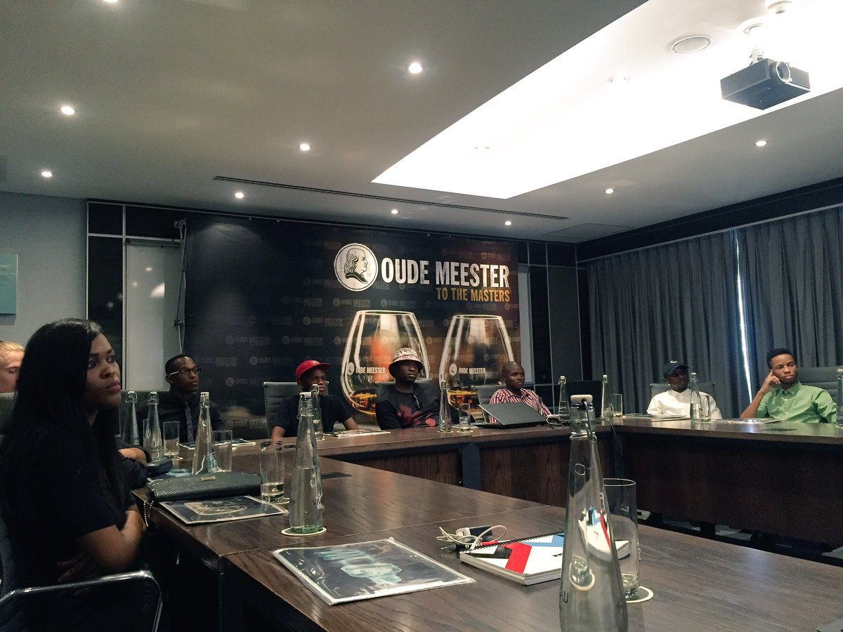 #ivejustbegun event with @OudeMeesterSA in fill session at @TheMaslowHotel this morning. #oudemeesterSA #masterclass https://t.co/lh5imhbTKo