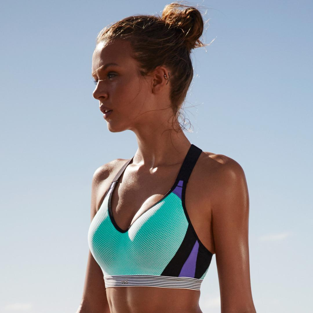 RT @VSSportOfficial: TODAY ONLY: $30 off a bra (excl. PINK & clearance) w/ full-priced sport bra! (US/CAN stores) https://t.co/uNeTme088A h…