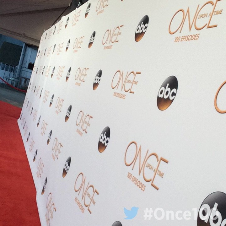 On the red carpet at the #Once100 Party! #OnceUponATime https://t.co/iqcug31OSz