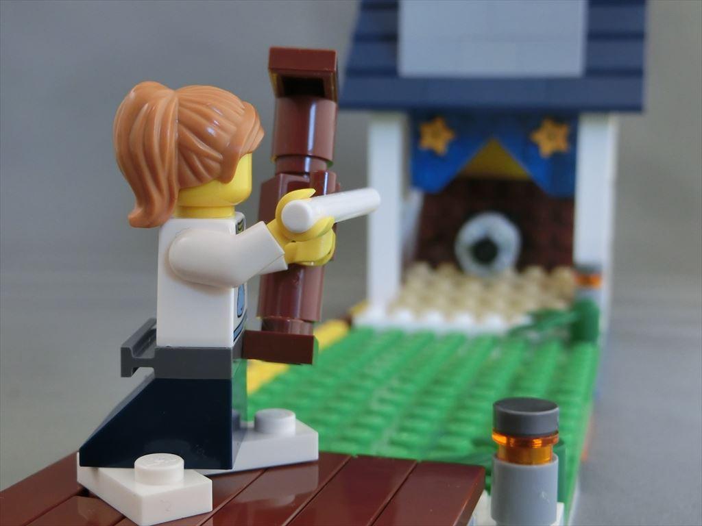 LEGO PlusL 31035キット組替えコンテスト参加作品(04) 「弓道場」。最近サボってるけど、LEGOでは的中だ! 矢道で折りたたむことで射場と的場を並べて飾れます。  #LEGO #plusl1602  #kyudo https://t.co/ucmEVBlgLR