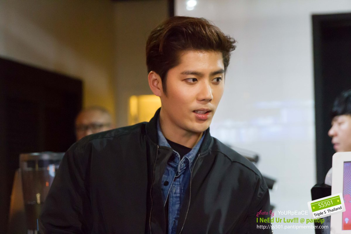 [Kyu Jong] [#2] #게릴라팬미팅 #DoubleS301(#더블에스301) #김규종 https://t.co/97gO2hBsUI