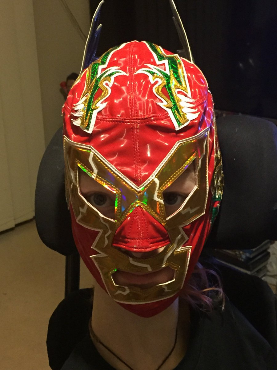 Dope shot of this beast! RT @IQWrestler: Fresh as hell Bucio made Wagner mask designed by @UrbanAztec https://t.co/Q4oXEiGdyQ