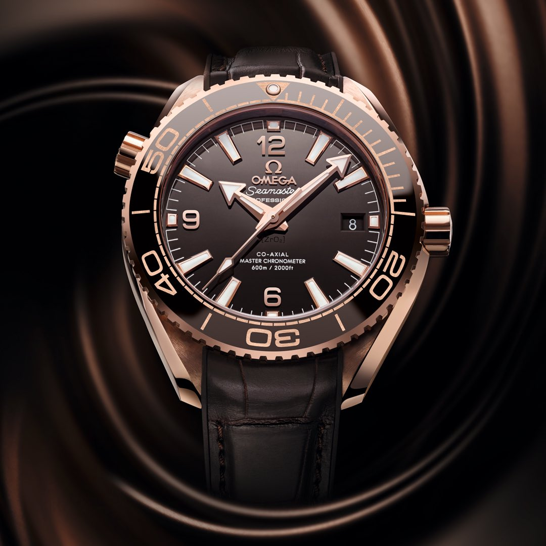 "Pre-#Baselworld2016! In brown ceramic, the new Planet Ocean 600M Master Chronometer ""Chocolate"" is irresistible. https://t.co/eqDF3NYiek"