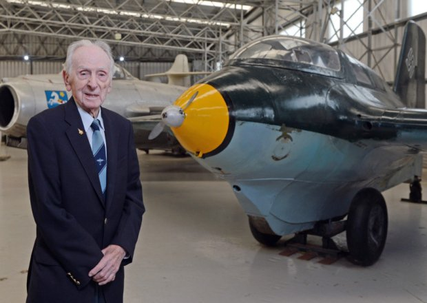 A really sad news. World's greatest aviator, Captain Eric Winkle Brown, RN has passed away https://t.co/iB1t49lP9c https://t.co/Qeyb2sgNqI