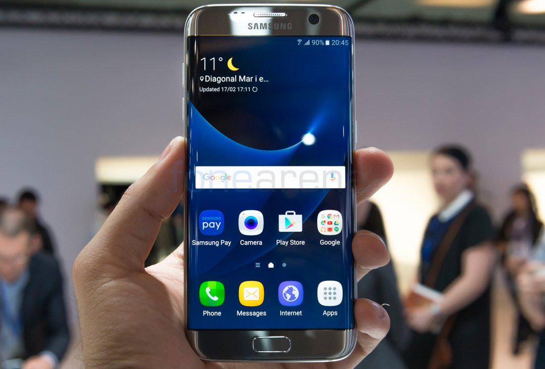 Samsung Galaxy S7 edge Hands On and Photo Gallery https://t.co/ET8om2Wh5N https://t.co/5tPhNiw7nv