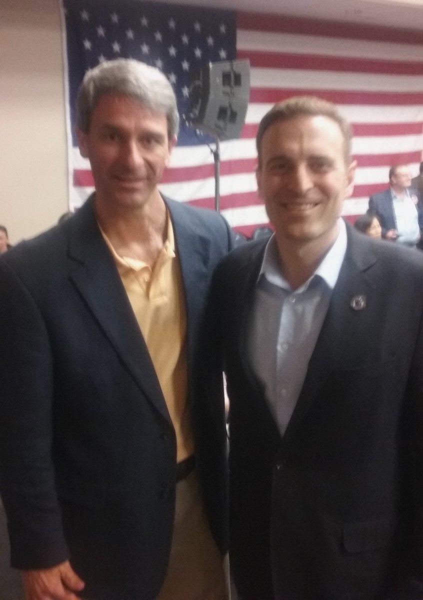 At a @tedcruz rally in Nevada with my friend, @NevadaAG Adam Lexalt! #CruzCrew #NVcaucus https://t.co/OAp1VLjQWr