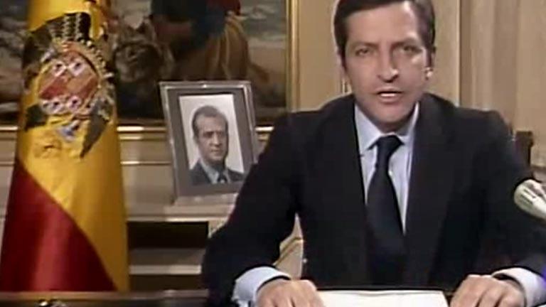 Pacino se acuerda del día de la dimisión de Suárez en 1981, la fecha en la que mataron a su padre #NapoleonMdT https://t.co/B1FbRCdkpU