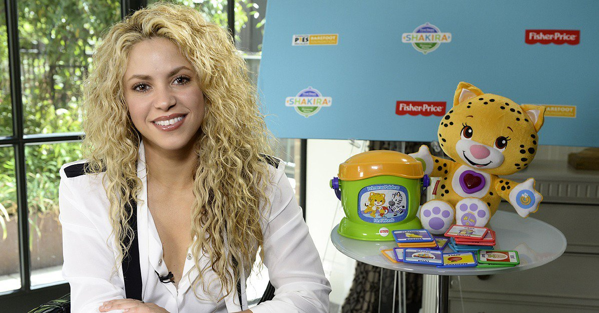 .@Shakira talks parenting with @3GerardPique, Mom time, and serial documenting her kids https://t.co/YBWwRLA2jL https://t.co/RCpa9YmOea
