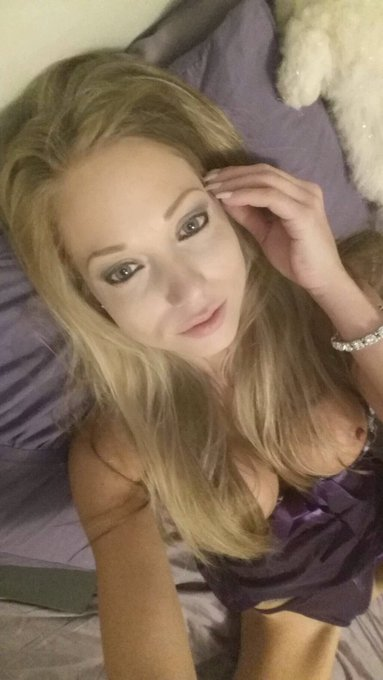 Busty MILF pornstar Shawna Lenee giving handjob and blowjob in shower  83263