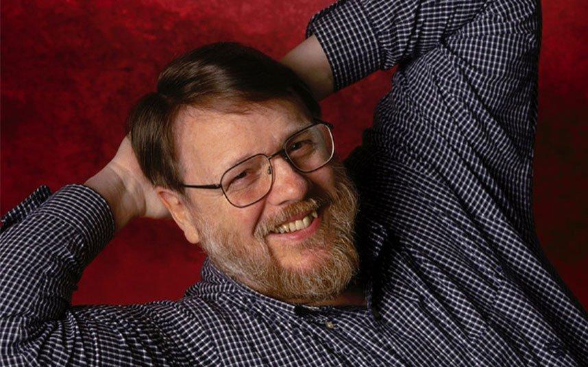 Email inventor Ray Tomlinson dies aged 74 https://t.co/qcGSZOxR7v https://t.co/FSBhIXEhfu