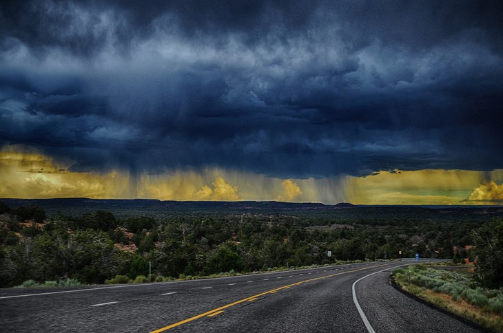 RT @hitRECord: 'saintmaker' snapped this gorgeous shot of some Utah rain -- https://t.co/jDOHHLzu5l https://t.co/cFP7c5r53P
