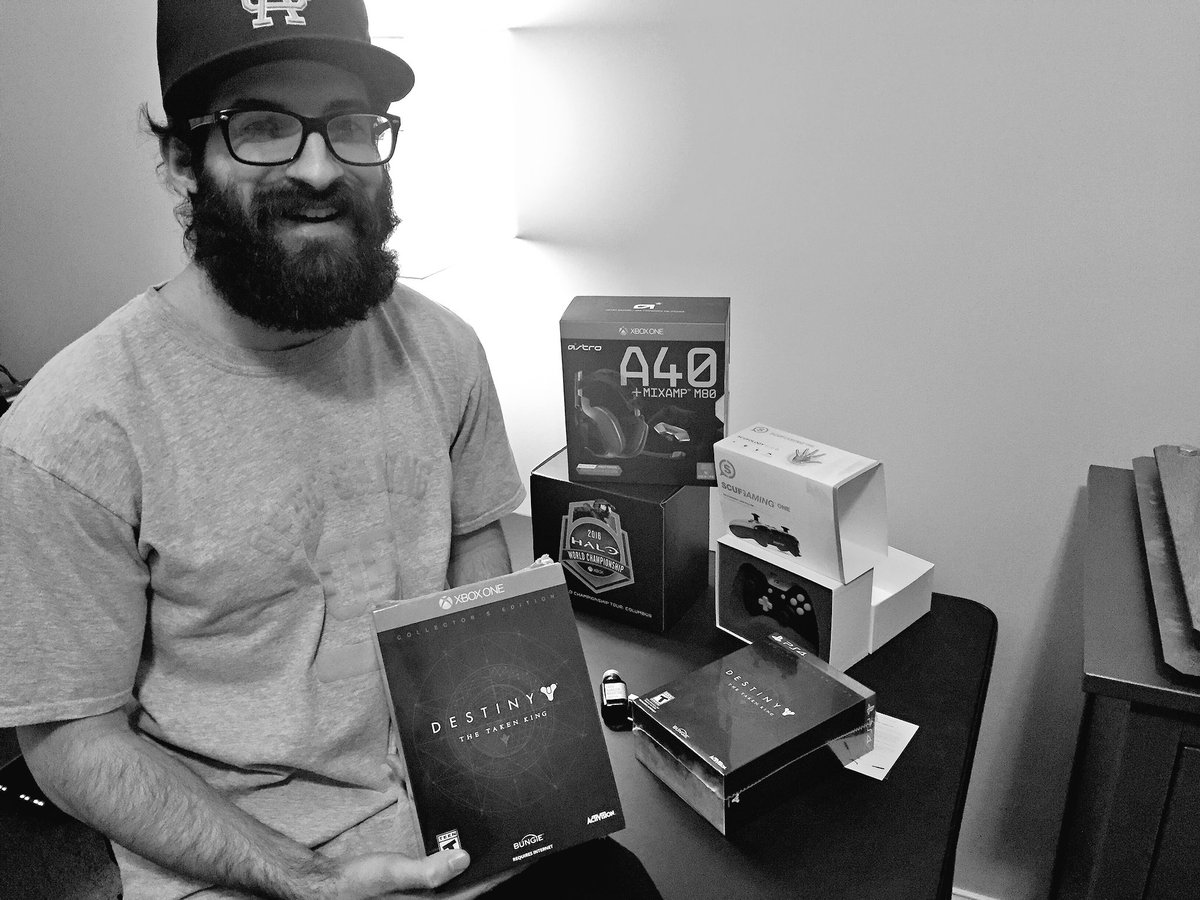 Learn how you can win one of these! @ASTROGaming @ScufGaming @thebeardbrand https://t.co/yrPuUepI2w RT & Like https://t.co/TysVIwQGHF