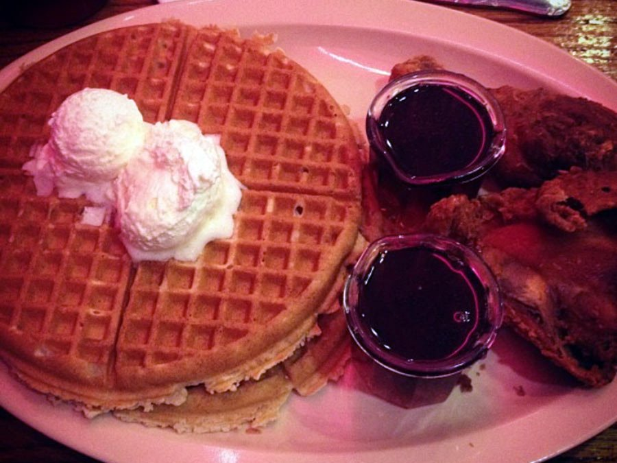 Roscoe's Chicken & Waffles coming to San Diego https://t.co/AtM9TRW8y8 https://t.co/MqQeNwjAlf