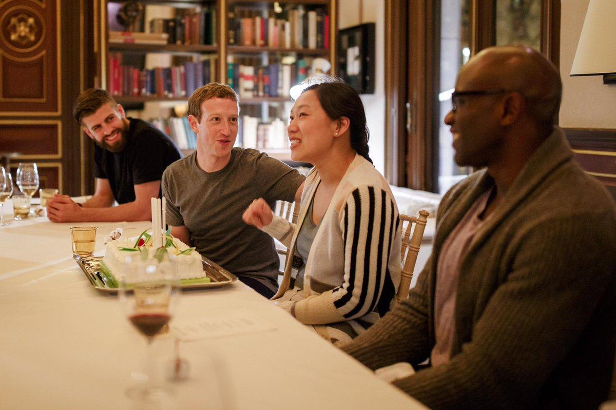 LOL, how are @3gerardpique and Mark Zuckerberg friends? [via Zuckerberg's FB] https://t.co/3SyucEXFgq
