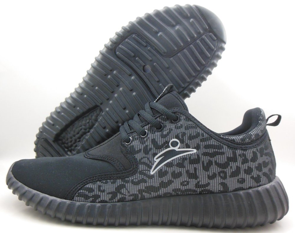 Just got my #yeezy #blackpirate! Something feels off about them tho.