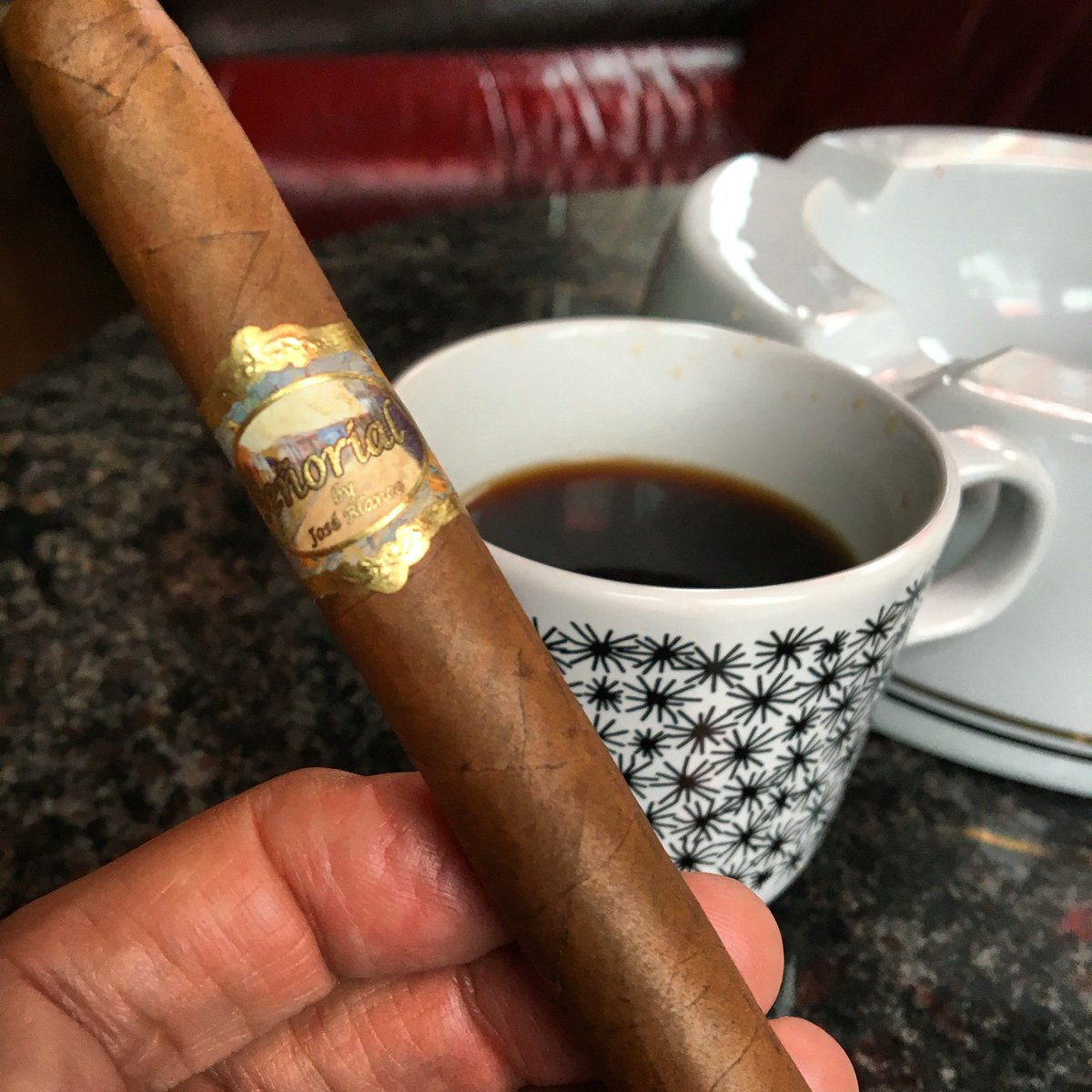 Best way to start the day Señorial Lancero & Cafe have a great day guys