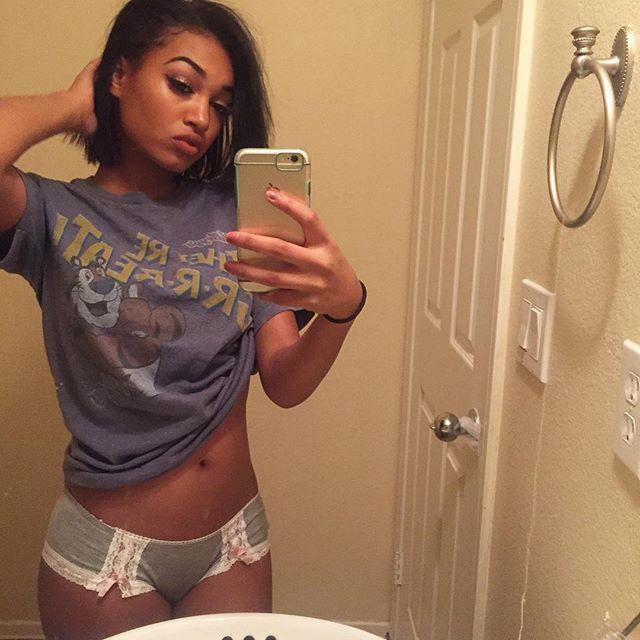 CGOM Noelle Monique #sexyselfie for #modelmonday is grreeaaat qk4vwiygKJ