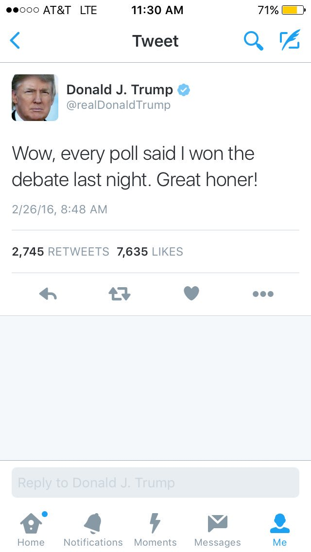 And @realDonaldTrump just deleted his tweet where he couldn't fucking spell honor hahaha and tweeted again https://t.co/pL19CSPmYw