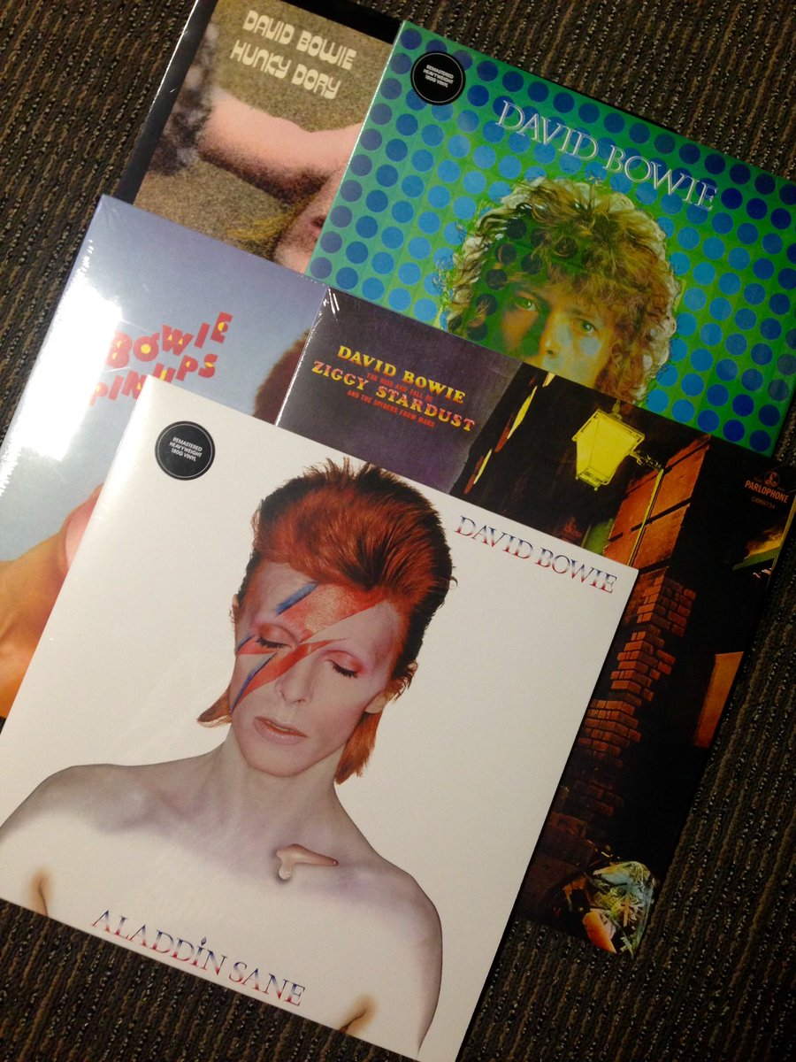 David Bowie vinyl re-issues are out now! Retweet & Follow for your chance to win all 5! Winner will be picked 28/02 https://t.co/Eg3CwYP8o9