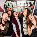 Had a fantastic time last night at the Gravity Falls wrap party - thanks, @_AlexHirsch! https://t.co/8eWU9L9bks