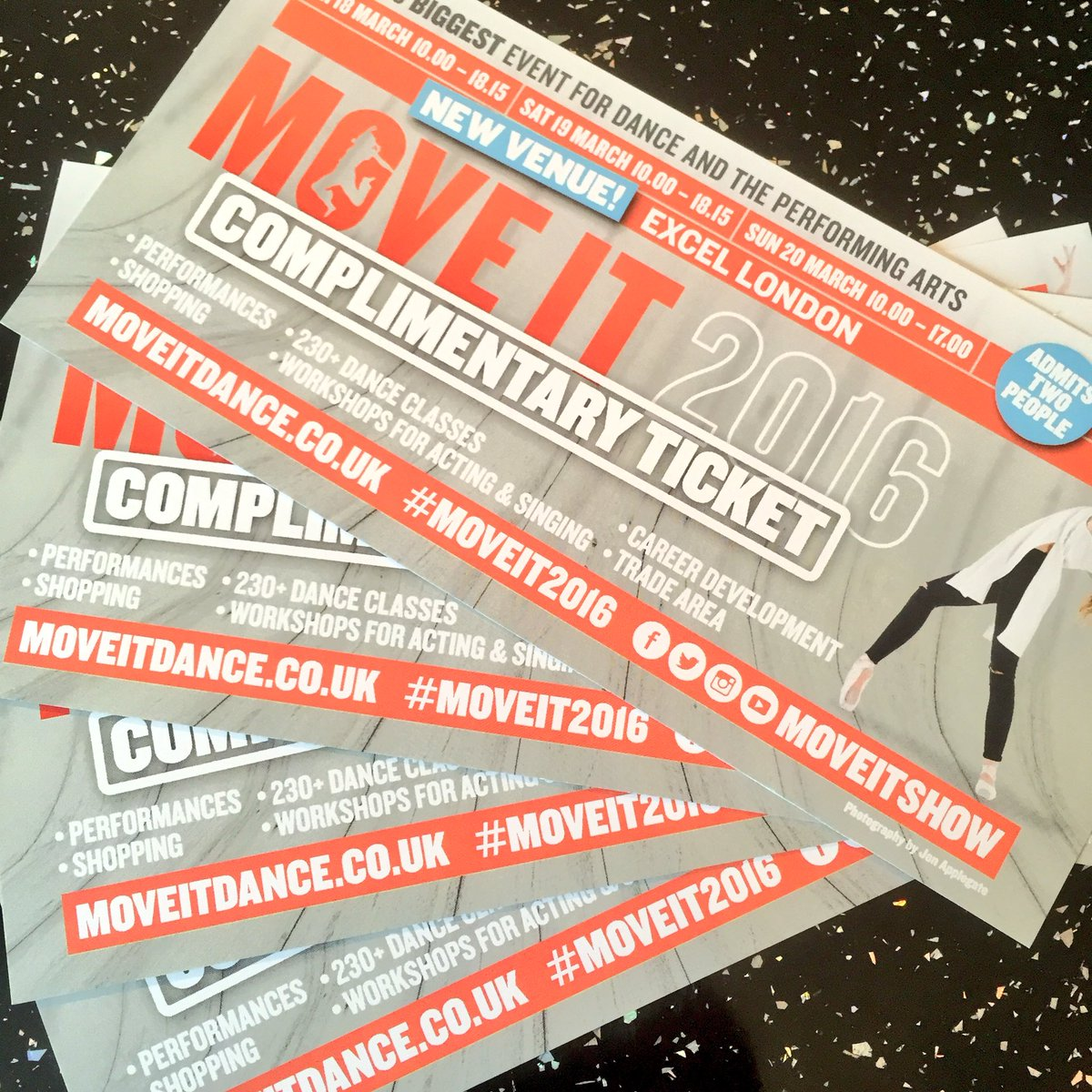 #DANCERS do u want to #WIN #FREE tix to @MOVEITSHOW this #weekend? Simply #RT & follow #OfficialCharity #MoveIt2016